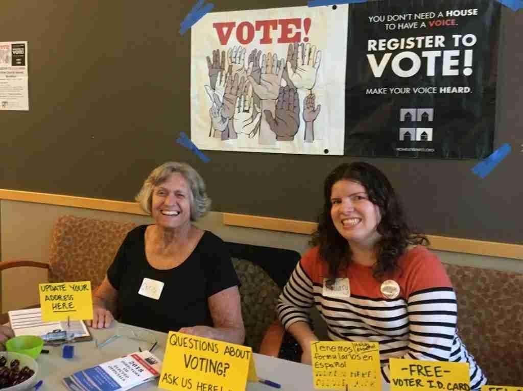 photo of voter registration